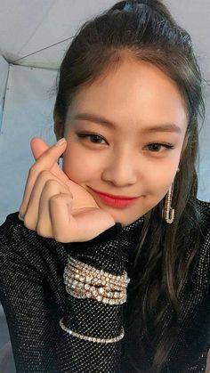 Pin by Mika on Jennie Kim Kim Jennie, Kpop Girl Groups, Korean Girl Groups, Kpop Girls, Black Pink ジス, Blackpink Photos, Blackpink Fashion, Woman Fashion, Blackpink And Bts