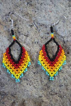 Beaded Tassel Earrings, Seed Bead Earrings, Crochet Earrings, Dangle Earrings, Jewelry Show, Pearl Jewelry, Beaded Jewelry Patterns, Beading Patterns, Beaded Flowers