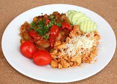 Dusená cukina a la lečo, Delená strava - recepty, recept Fried Rice, Grains, Menu, Dishes, Chicken, Vegetables, Ethnic Recipes, Food, Rainbow