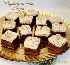 prajitura cacao bezea Romanian Desserts, Top 15, Jo Cooks, Caramel, Sweet Treats, Cheesecake, Food And Drink, Cooking Recipes, Ice Cream