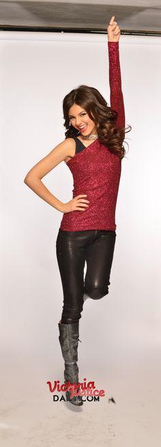 Victoria Justice, Tori goes Platinum Photoshoot.