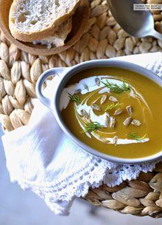 1366 2000 3 Vegan Tomato Soup, Vegan Lentil Soup, Vegetarian Soup, Vegetarian Recipes, Vegan Corn Chowder, Thai Coconut Chicken, White Bean Recipes, Queso Feta, Hot And Sour Soup