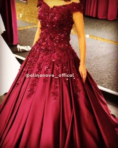 Charming Burgundy Lace Beaded V-neck Off The Shoulder Ball Gowns Prom Dresses Source by sposaalinanova dresses videos Indian Wedding Gowns, Indian Gowns Dresses, Red Gowns, Bridal Dresses, Evening Dresses, Couture Dresses, Fashion Dresses, Designer Prom Dresses, Designer Gowns
