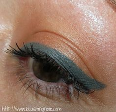 Laura Mercier Graphite Creme Eye Liner & Copper Sunrise Metallic Creme Eye Colour Swatches, Review & EOTD – Renaissance Collection Spring 2014 via @BlushingNoir