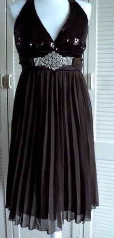 9f144ab20cc CHOCOLATE BROWN FLOATY DRESS SEQUIN   BLING BUST PLEATED HALTER NECK SIZE  8-10