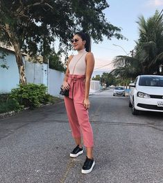 Simple Outfits That Make You Look Put Together Cute Summer Outfits, Simple Outfits, Outfits For Teens, Spring Outfits, Trendy Outfits, Cool Outfits, Fashion Outfits, Ladies Dress Design, Casual Chic