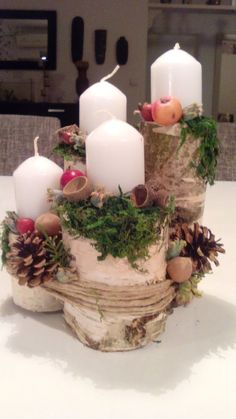Filling Your Home with Favorite Christmas Scents- Pink Candles Christmas Advent Wreath, Christmas Candle Decorations, Christmas Colors, Simple Christmas, Christmas Time, Christmas Candles, Advent Candles, Christmas Scents, Advent Wreaths