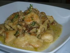 bocconcini di pollo ai funghi Bolognese, Chicken, Recipes, Collage, Food, Dinner, Collages, Recipies, Essen