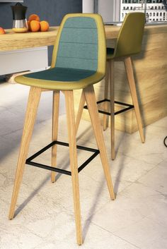 Bicolor design high chairs by Mobitec. Perfect for a modern kitchen.