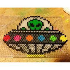Alien UFO perler beads by Perler Bead Templates, Diy Perler Beads, Perler Bead Art, Pearler Beads, Fuse Beads, Melty Bead Patterns, Pearler Bead Patterns, Perler Patterns, Beading Patterns