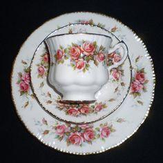 Paragon Elizabeth Rose Fine Bone China Tea Cup & Saucer Pink
