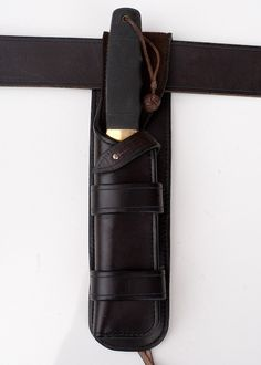 Large Scabbard and Belt - Armitage Leather. This is some of the finest leatherworking I've ever seen.