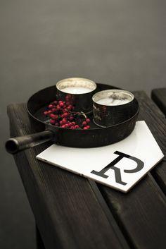 Keraaminen pannunalunen / Ceramic pot coaster Coasters, Cufflinks, Ceramics, Accessories, Products, Ceramica, Pottery, Coaster, Ceramic Art