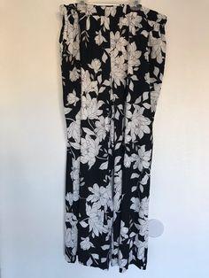 7bd2158368a Lane Bryant Exclusive NWT Women s Floral Pants Plus Size 20 Black   White  1026