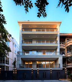 Classic House Exterior, Classic House Design, Modern Exterior House Designs, Modern House Design, House Outer Design, House Outside Design, House Front Design, 3 Storey House Design, Duplex House Design
