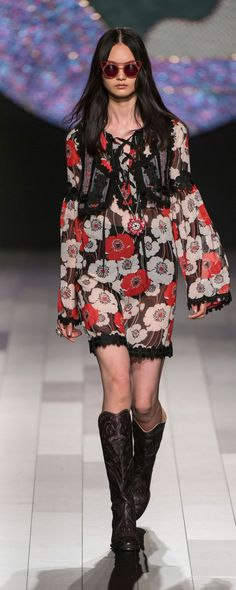 Anna Sui Spring-summer 2018 - Ready-to-Wear - http://www.orientpalms.com/Anna-Sui-6887 - ©ImaxTree