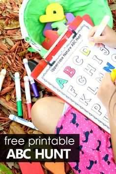Nature ABC Hunt Free Printable Alphabet Scavenger Hunt for Preschoolers and Kindergarteners Preschool Reading Activities, Preschool At Home, Preschool Themes, Alphabet Activities, Preschool Kindergarten, Kindergarten Centers, Nature Activities, Spring Activities, Learning The Alphabet