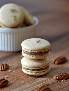 These macarons are the tasty result of a fortuitous mistake and a hungry husband. Originally, I intended to make a macaron version of. Sweet Desserts, Just Desserts, Sweet Recipes, Dessert Recipes, French Macarons Recipe, French Macaroons, Coconut Macaroons, Macaron Filling, Macaron Cookies