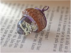 adorable acorn charm ★ DIY Resin Casting Instructions | Jewelry Projects & More Craft Tutorials ★ by diybric.blogspot.com