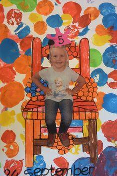 DSC_0724 Birthday Calender, Birthday Tags, Happy Birthday Kids, School Birthday, I Love School, Dad Day, School Themes, Preschool Art, Primary School