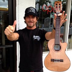 Eddie Vedder stopped by Coconut Grove Music last week to shop for some new ukes. Here he is with his new Kala Brand Music KA-ATP-CTG-CE. More info on this model can be found here: http://kalabrand.com/Models/Kala/SolidCedarTopAcacia/DetailsPageSpruceCedarAcacia.html