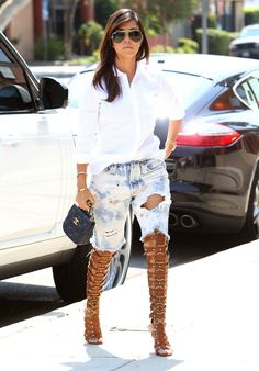 Kourtney Kardashian – Style Gianvito Rossi Caged Boot Heeled Sandals with Khloe Kardashian | Kourtney Kardashian