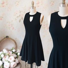 Valentine's Day Outfit with Jeynissa #Boutique1861 / You're never wrong with a black dress ! #promdresses #bridemaids