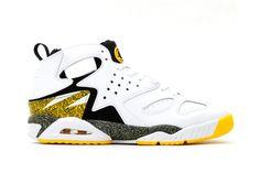 buy popular ced77 95607 Nike Air Tech Challenge Huarache White Black-Tour Yellow. TumblrModeSko
