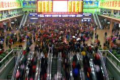 Chinese New Year crowds at Beijing Railway Station in 2015 Happy Lunar New Year, Train Journey, Train Travel, Train Station, Asia Travel, Beijing, China, This Or That Questions, Ideas Para