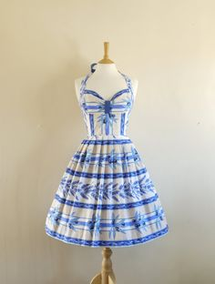 50's Halterneck Bustier Dress- lots more retro dresses at this site!