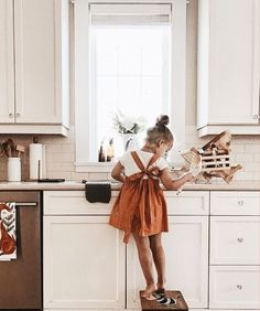 cute overall dress for girls. summer outfit ideas for little kids. Cute Babies, Baby Kids, Kids Fashion Photography, Little Girl Fashion, Child Fashion, Toddler Fashion, Kid Styles, Future Baby, Future Daughter