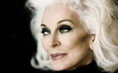 """<p style=""""text-align: justify;"""">Carmen Dell'Orefice nasce nel 1931 con origini italo ungheresi. La ..."""
