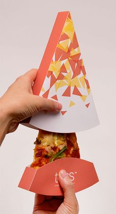 Pizza Slice Box Source by jorgeuzcategui Sandwich Packaging, Food Box Packaging, Food Packaging Design, Packaging Design Inspiration, Pizzeria, Pizza Restaurant, Logo Restaurant, Pizza Box Design, Pizza Project