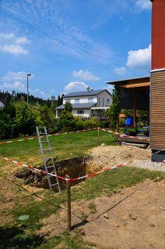 @wat Meersalzwasser-Tauchbecken / Minipool | homify Mini Pool, Door Design, Flora, Cabin, House Styles, Home Decor, Patio, Plunge Pool, Solar Installation