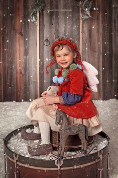 Рождественские ангелы Christmas Photography, Winter Photography, Bebi Photo, Beautiful Children, Beautiful Babies, Little Fashion, Kids Fashion, Toddler Photos, Christmas Baby