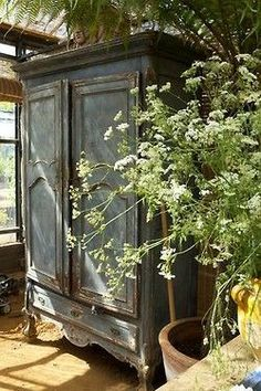 ♥ the armoire