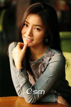 Shin Se Kyung South Korean actress