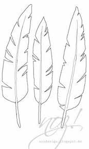 Some feathers for printing onto old book pages.or to use as a template for making cloth or paper feathers.Trace and Cut Feature Paper Embroidery, Embroidery Patterns, Art Patterns, Paper Cutting Patterns, Paper Cutting Templates, Stencil Templates, Paper Art, Paper Crafts, Diy Crafts
