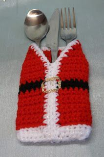 Cutlery holder      Or phone cosy    The original version had arms but they got in the way     LEVEL: very easy.   You will need a 3.0 mm...