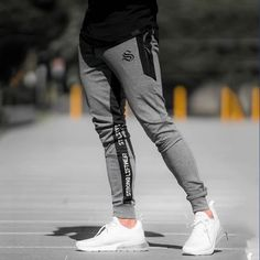 57 Ideas For Training Pants Outfit Sports Mens Jogger Pants, Sport Pants, Style Casual, Men Casual, Casual Wear, Athleisure, Estilo Fitness, Cotton Sweatpants, Running Pants