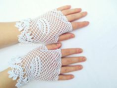 White bridal irish lace glovescrochet by WoolenDream on Etsy Cotton Gloves, Lace Gloves, Crochet Gloves, Crochet Lace, Fingerless Gloves, Victorian Lace, Victorian Fashion, First Communion Gloves, Lace Weddings