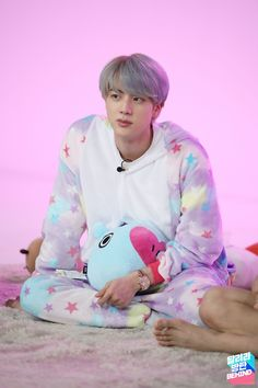 Find images and videos about kpop, bts and jungkook on We Heart It - the app to get lost in what you love. Seokjin, Kim Namjoon, Jung Kook Bts, Bts Jin, Bts Bangtan Boy, Bts Boys, Foto Bts, Kpop, Asian Music Awards