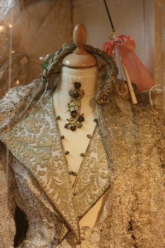 Sheelin Antique Lace Shop Gold Work