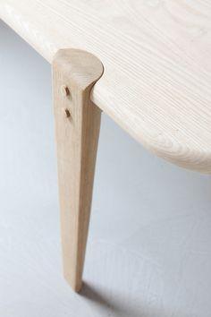 Wood Furniture Legs, Furniture Projects, Custom Furniture, Modern Furniture, Furniture Design, Chair Design, Küchen Design, Wood Design, Wood Joints
