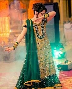 Mehendi, wedding dresa collection