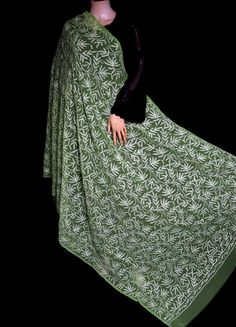 ISHIEQA's Green Georgette Chikankari Dupatta - KL0101D White Chiffon, White Cotton, Types Of Stitches, Black B, Thread Work, Green Fabric, Kurti, Hand Embroidery, Pure Products