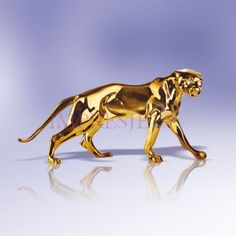 Figurka pantera | Figurine panther #figurka #pantera #złoto #dodatki #salon #stylowe #wystrój #wnętrza #figurine #panther #gold #accessories #living_room #stylish #interior
