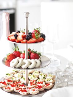 Brunch Party, Dinner Is Served, Party Treats, Recipe Of The Day, I Love Food, Afternoon Tea, Food Hacks, Food Inspiration, Baking Recipes