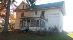 Another Michigan farmhouse needing to be saved.