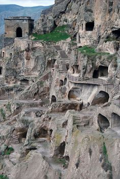 Travel Discover Vardzia Georgia The ancient cave monastery of Vardzia in southern Georgia. The main period of construction was the second half of the twelfth century though people have lived here since the Bronze Age. Places Around The World, Oh The Places You'll Go, Places To Travel, Places To Visit, Around The Worlds, Travel Destinations, Beautiful World, Beautiful Places, Beau Site